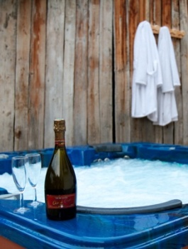 /wp-content/uploads/2012/09/Web-Hot-Tub.jpg